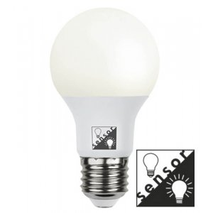 LED-Lampa med skymningssensor, Opal E27 2700K 470lm 7W(40W)